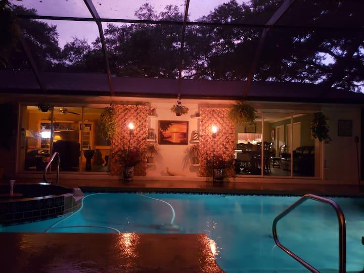 Cabana/Guest house w/spa/pool 5min to Siesta key.