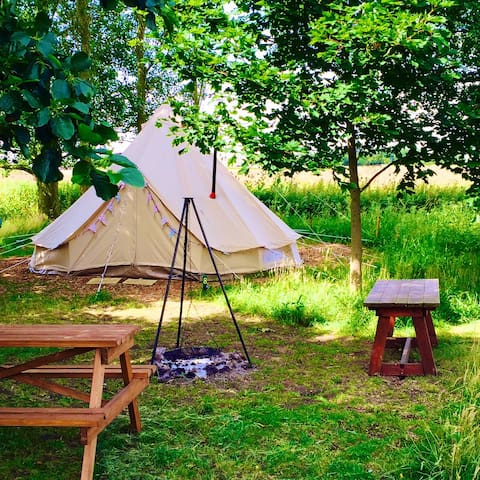 Crooked willow campsite, Glamping! - Burgh le Marsh - Tent
