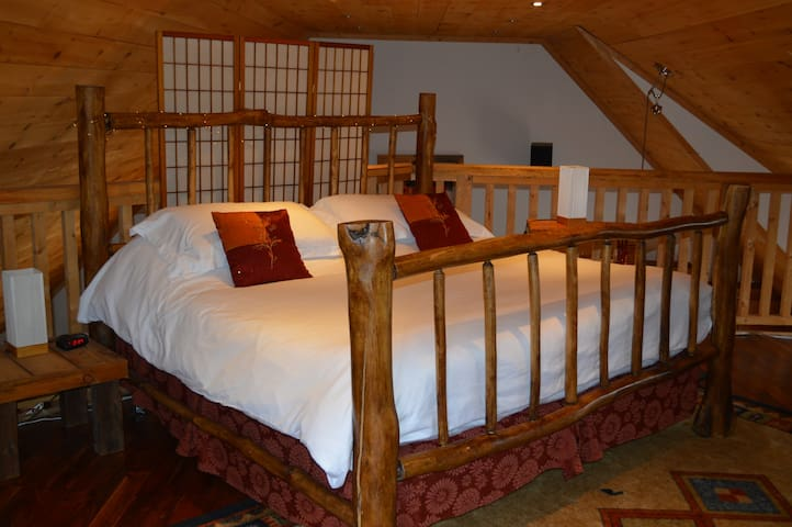 3rd Floor Loft with  King-sized Log Bed