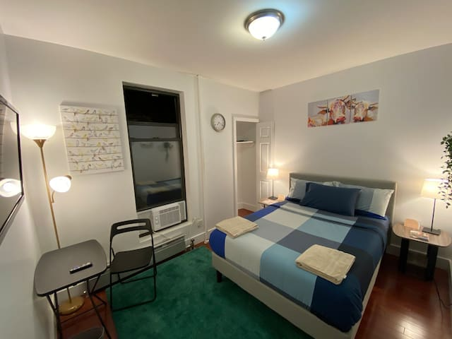 Spacious cozy clean room By Times Square
