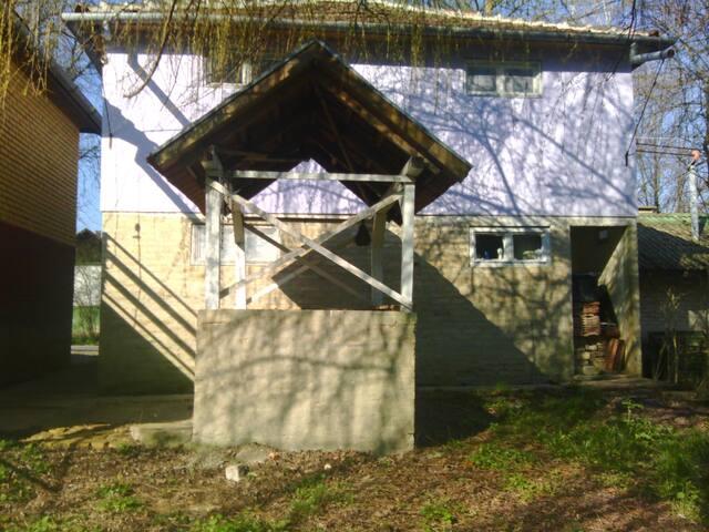 Open kithen in the backyard 2