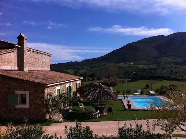 Bergerie Corse Alata Ajaccio 10 couchages piscine - Alata - Rumah