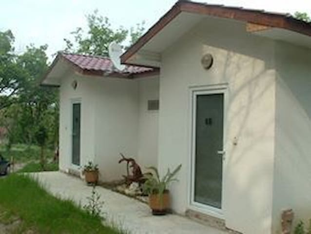Private bungalow on the beach 6 a - Varna - Bungalow