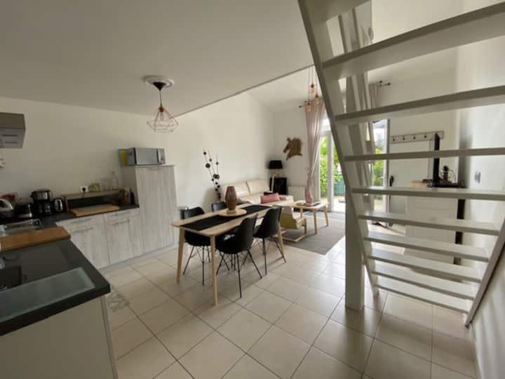 Au Duplex, loft moderne à Coudeville-sur-Mer