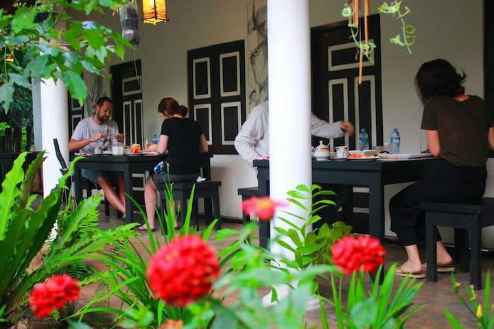 The Courtyard Villa Sigiriya Deluxe Triple Room #3