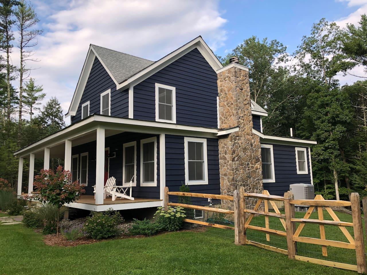 Farmhouse with Pool!