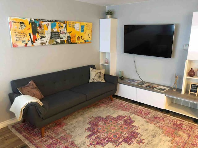 Downtown Las Vegas✭  Modern 1 Bedroom apt✭