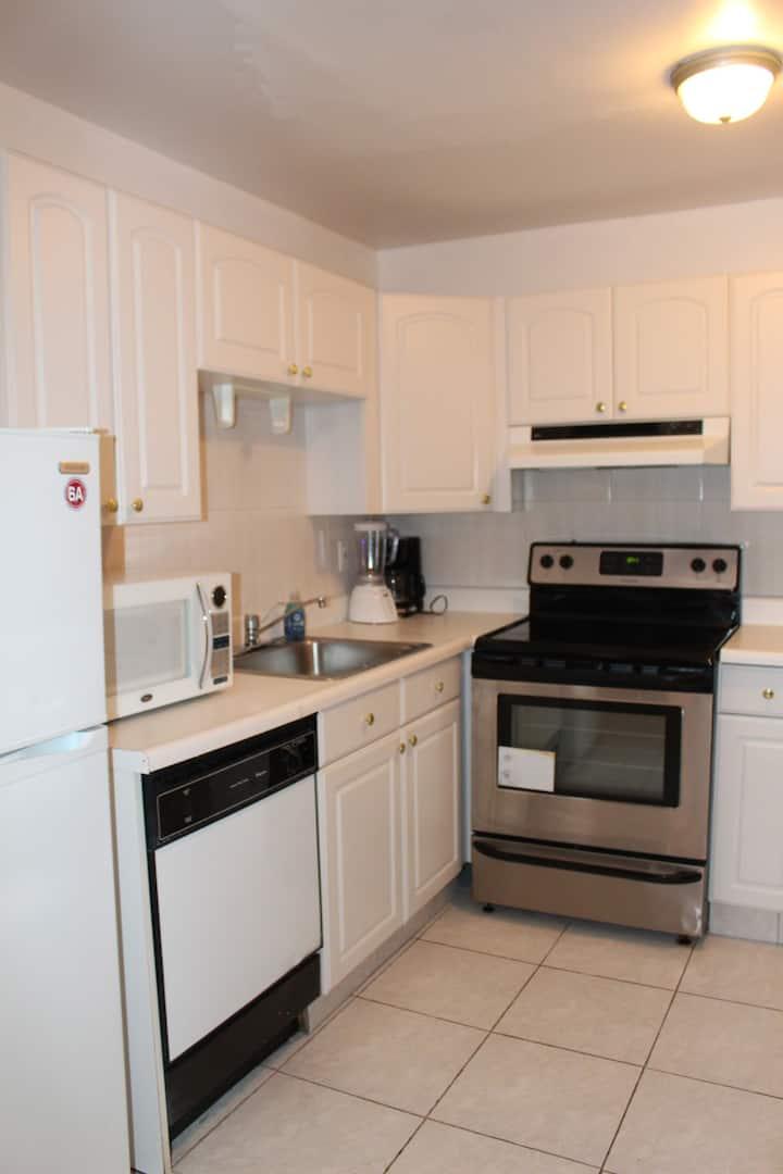 2 BR apartment Free wifi 23-4