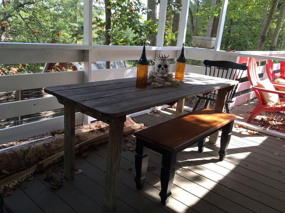 Outdoor dining on the covered deck.