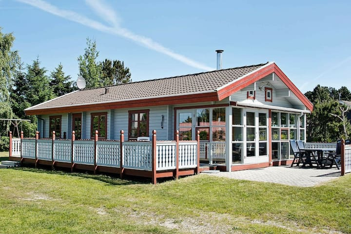 Vintage Holiday Home in Ebeltoft with Terrace