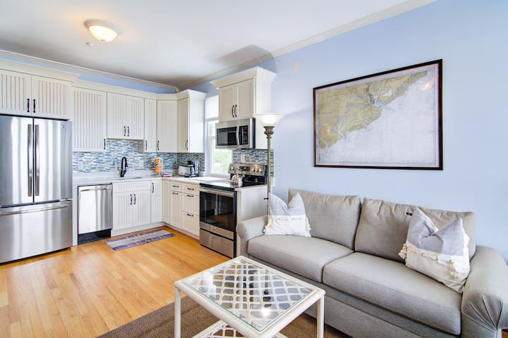 Oceanfront, third-floor condo with views of the ocean and Folly Beach Pier!