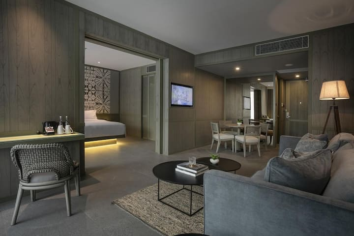 Lagoon Suite-Vilage Resort Seminyak