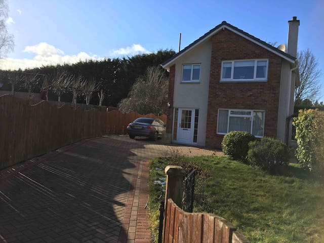 Crescent corner, Inverness