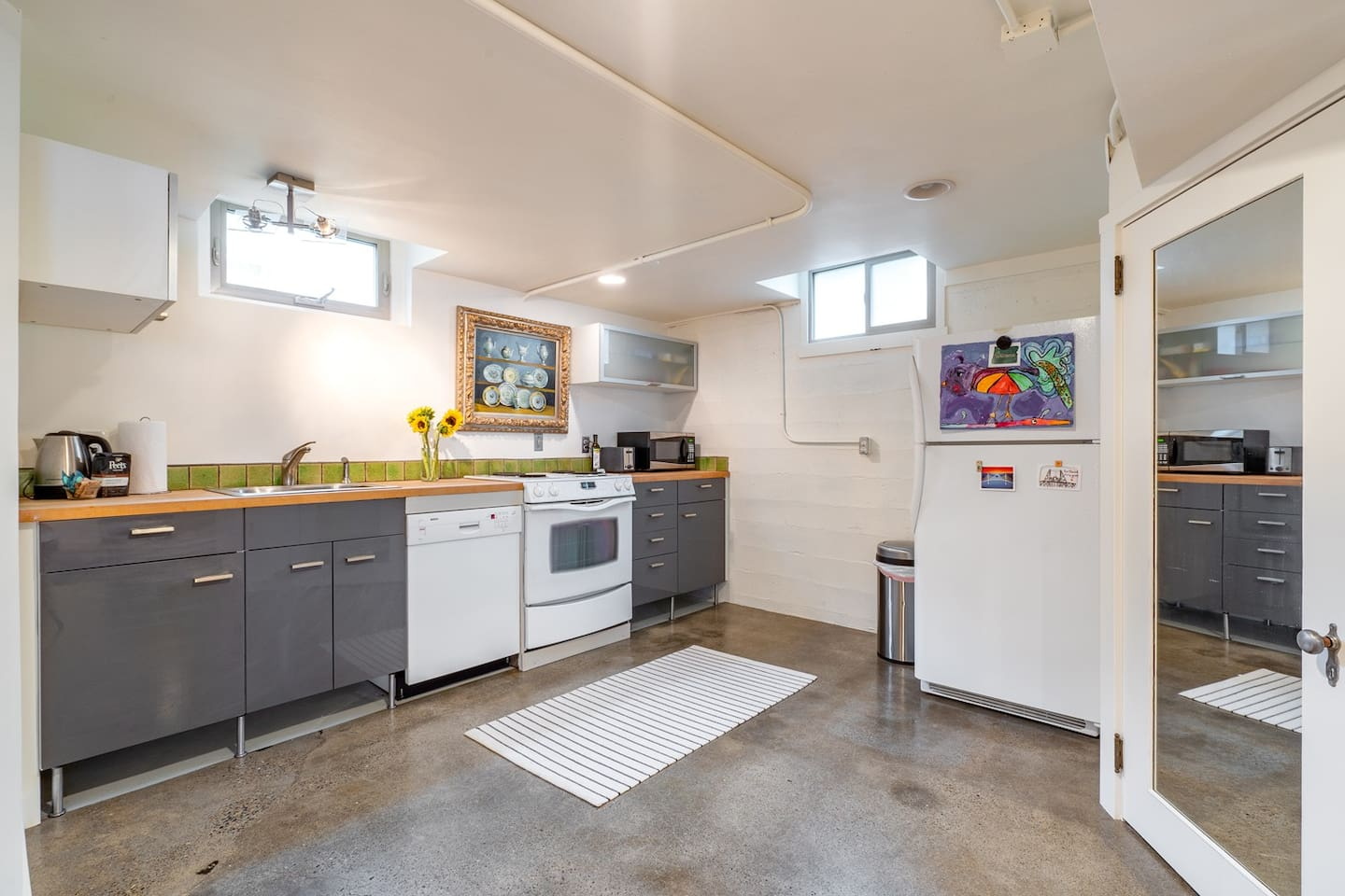 Full Kitchen with lots of Local extras to enjoy your stay