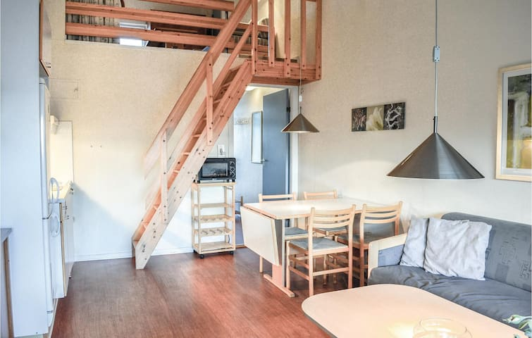 Holiday apartment with 2 bedrooms on 62m² in Ringkøbing