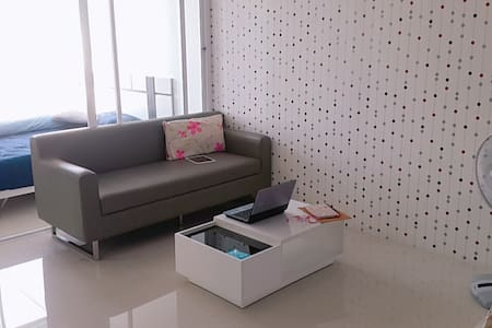 Great room (condo style) 1 bed - Appartement