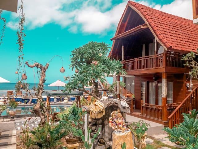 Ayu Laba - Beachfront Seaview *1