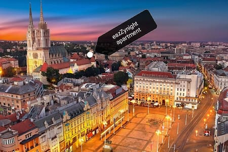 eazZynight Zagreb Center, GARAGE NEARBY 30 METERS