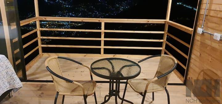 Cabaña + Balcón + BBQ+ cocina+ vista increíble