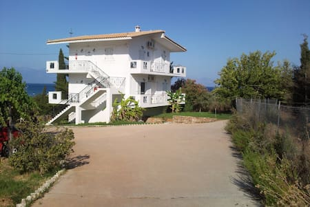 Villa Zeus - Messinia