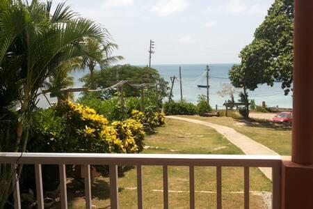 Apartamento en Frente  de la Playa de Sur Oeste