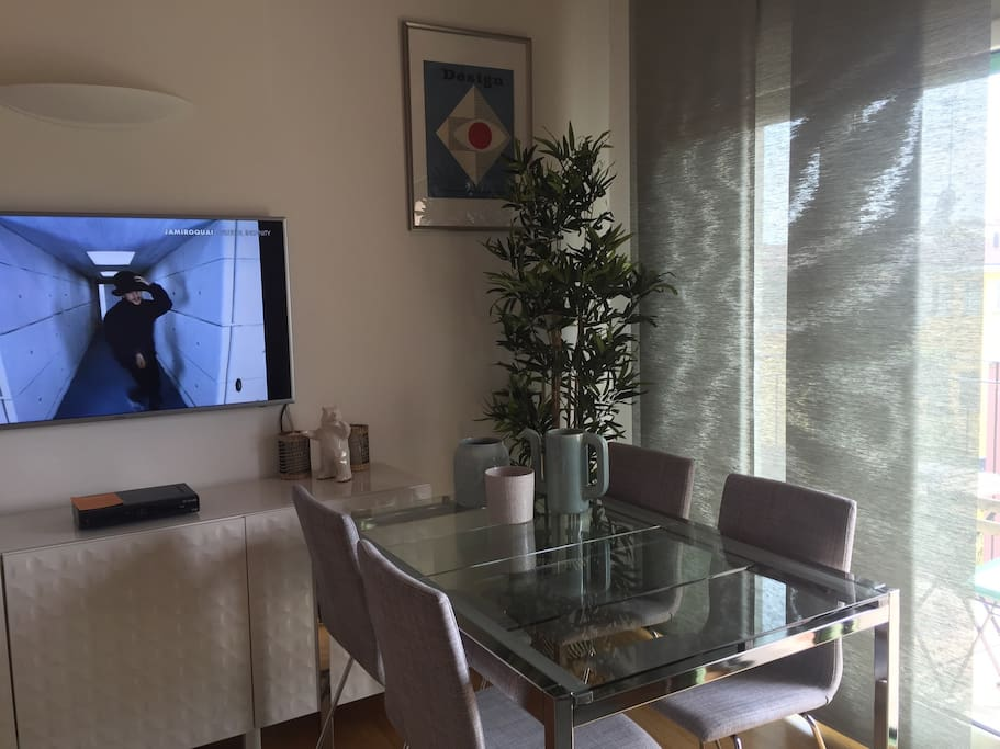 Bright and airy living room with 50 inches plasma TV