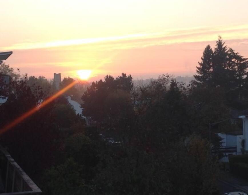Blick von der Wohnung: Sonnenaufgang / View from the apartment