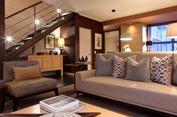 Serene & Luxurious Designer Duplex Apartment