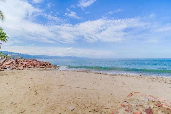 BEACH | MALECON | FRESH LOCAL CUISINE | SAFE | FUN
