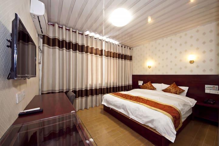 南关菜市场/步行街/挪威森林浪漫大床房