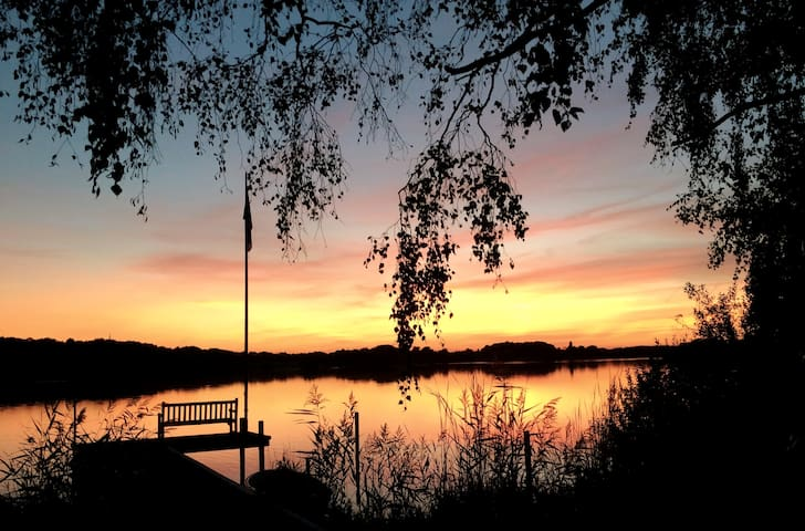 Seetraum in Plön - Ferienwohnung direkt am See