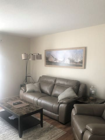 2 Bedroom Private Entrance Condo All to Yourself