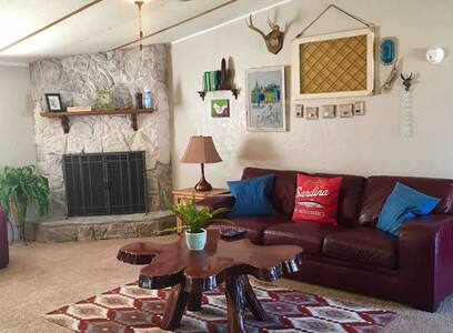 RURAL HORSESHOE BCH, COZY, RUSTIC, SLEEPS 4