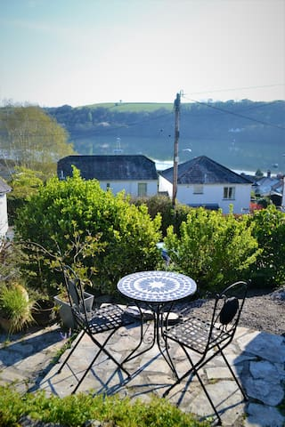 Truly a 'Paradise' Cottage by Fowey estuary