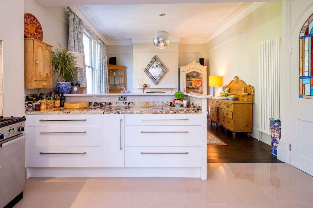 Kitchen / diner with everything you will need to have a wonderful family meal, overlooking the pretty garden