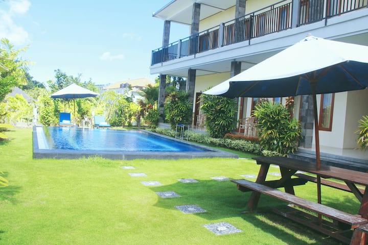 1BR Deluxe Pool Apt 10 mnt to Canggu Beach #02
