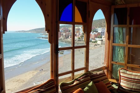 Seaside TOP-Floor Apartment with VIEWS, SURF & SUN - Taghazout