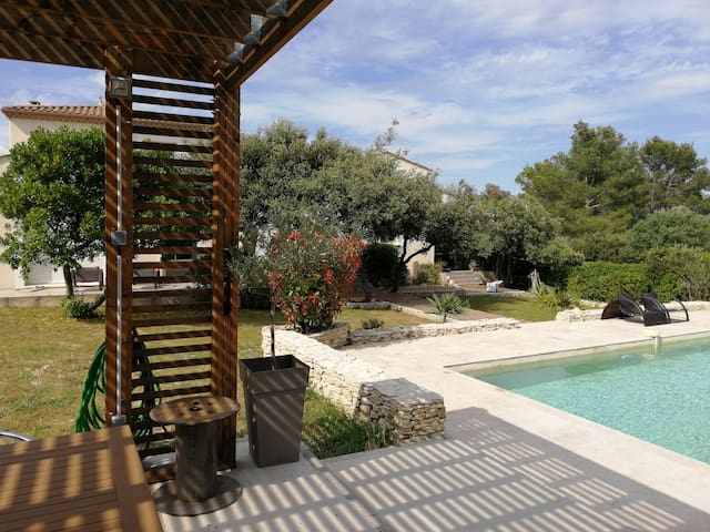 A beautiful and big house between Uzès and Nîmes