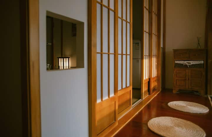 【斯物】传统日式榻榻米巨幕观影房