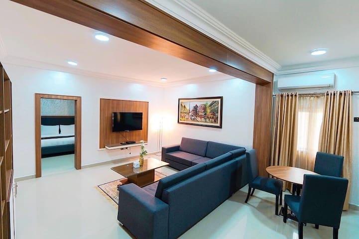 Phoenicia Suites:  2-Bed Deluxe King Suite