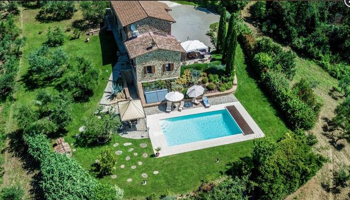 Dimora della Quiete, elegante casale in Umbria