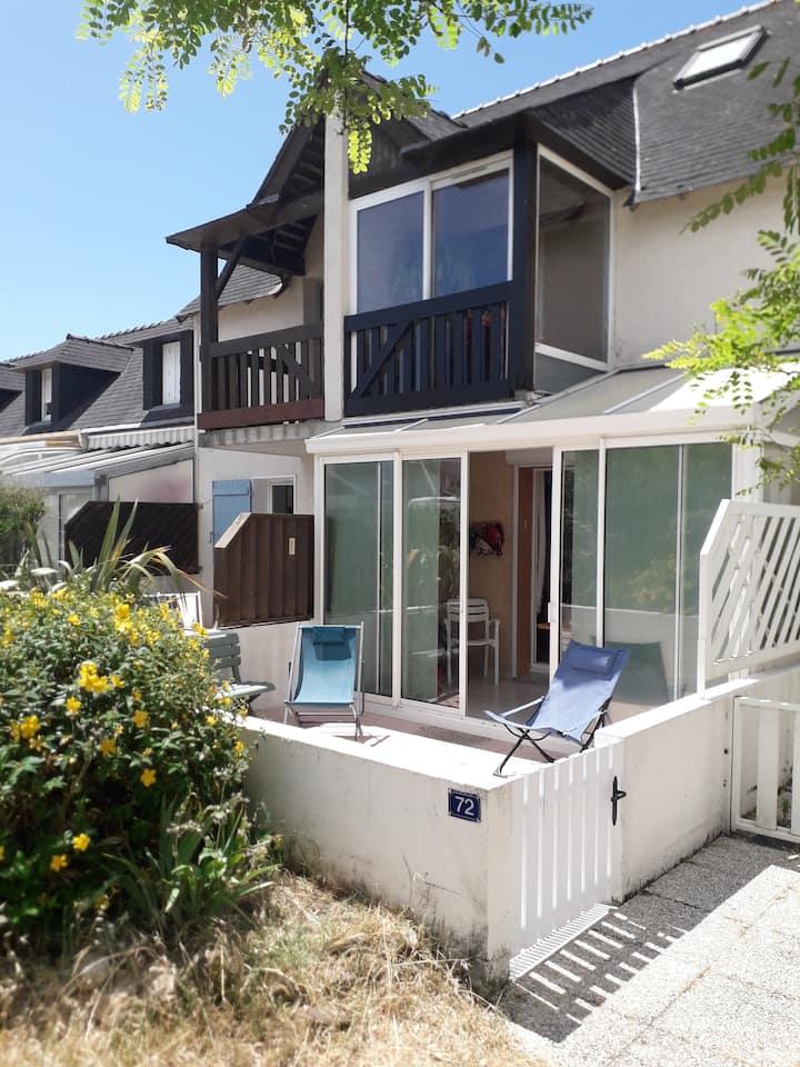 Appartement 500 mètres de la mer et 2 min d'ETEL