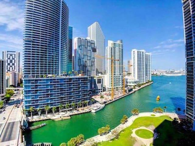 Appartement incroyablement situé à Brickell, Miami
