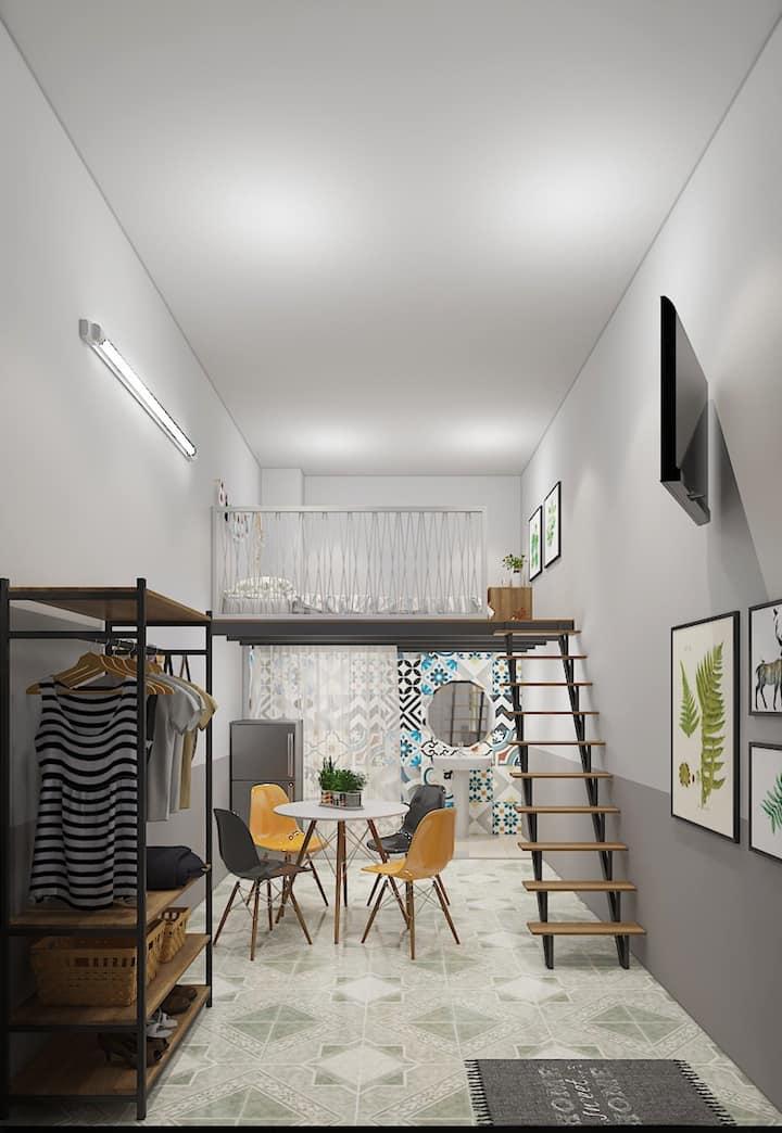 Le Conte Homestay Mezzanine room l1