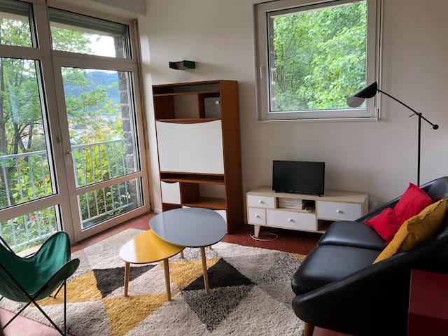 Appartement design proche forêt, vue remarquable.