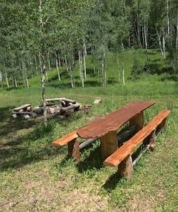 Camping @Crystal Mountain Ranch