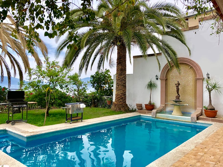 Private Pool for guests  Albarca privada para huespedes