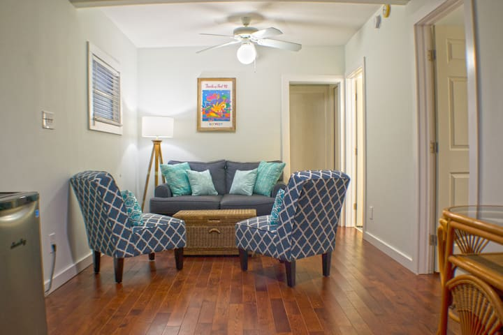 RENOVATED Duval Hideaway w/ Patio and Parking