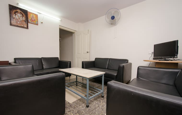 AIR CONDITIONED SIMPLE 1BHK PENTHOUSE WITH KITCHEN