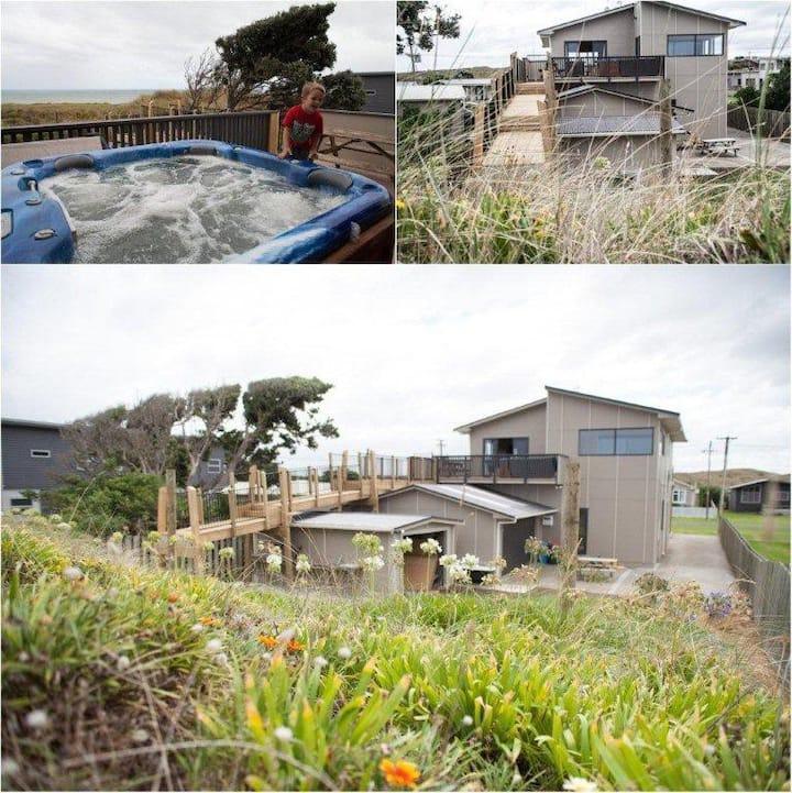 Luxury Seaside Holiday Home
